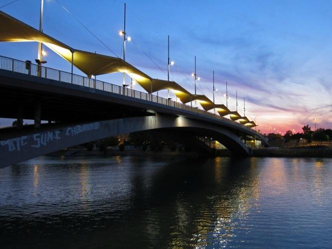 Puentes de Sevilla