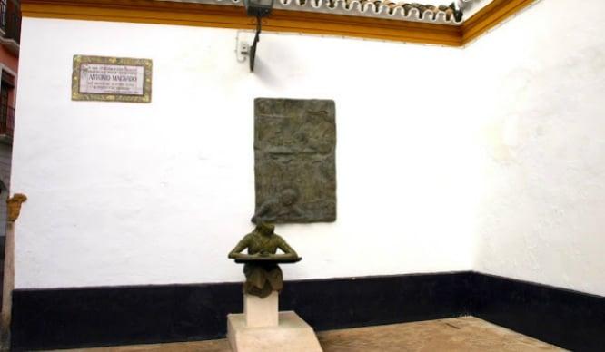 Monumento Antonio Machado