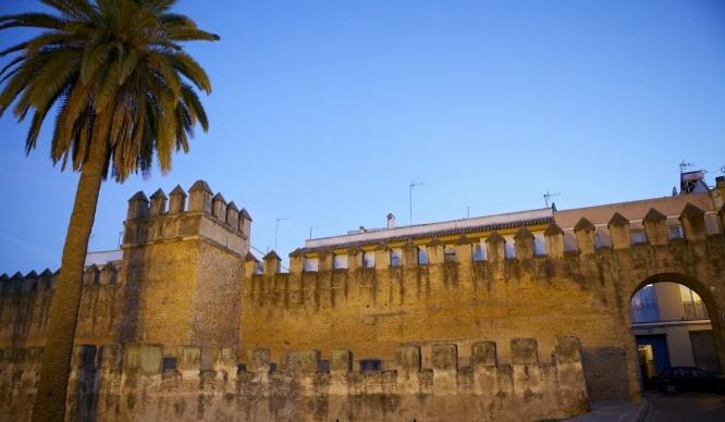 muralla de la macarena sevilla