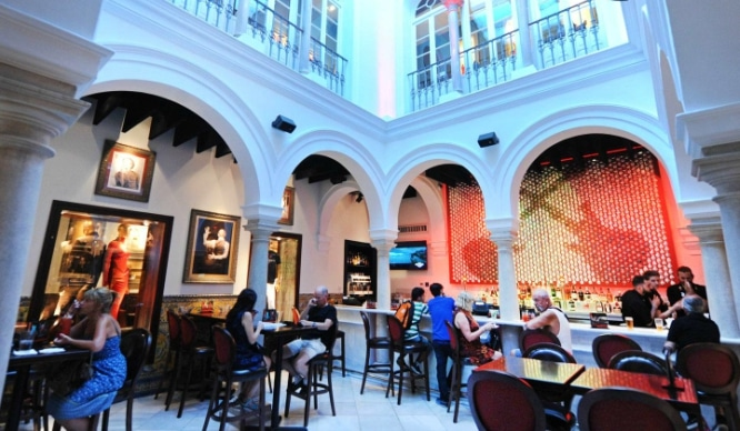 hard rock cafe sevilla