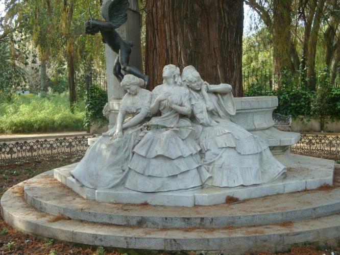 becquer monumento sevilla