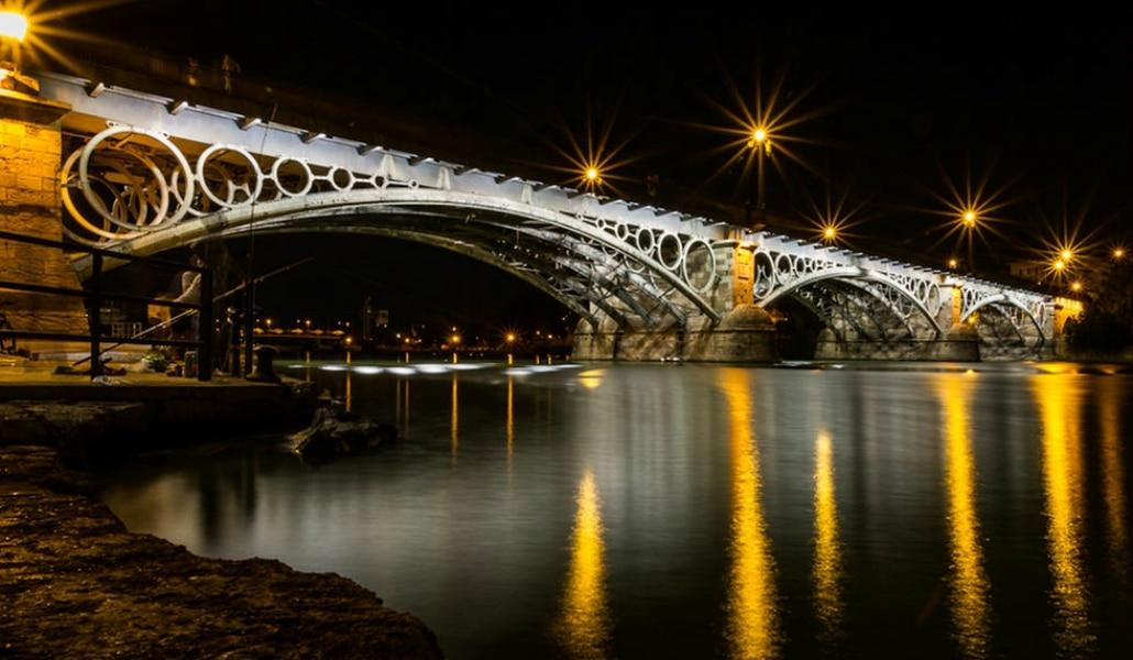 Resultado de imagen de puente de triana