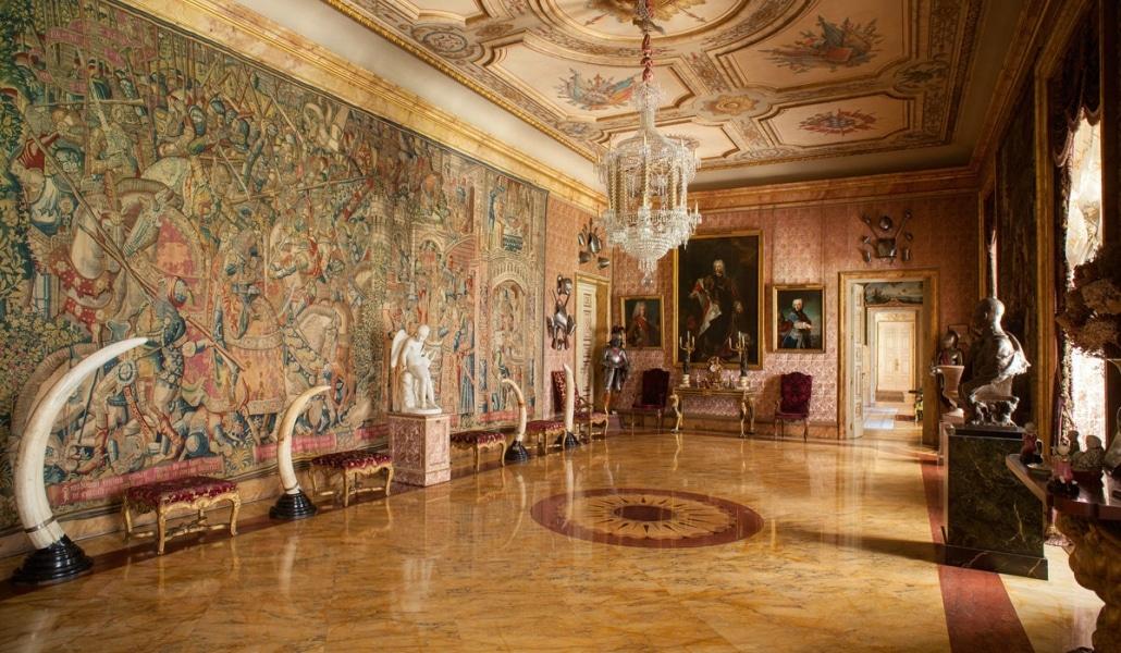 portada_palacio_Dueñas