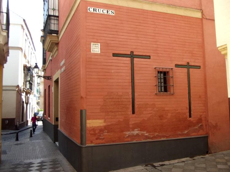 calle_cruces_sevilla