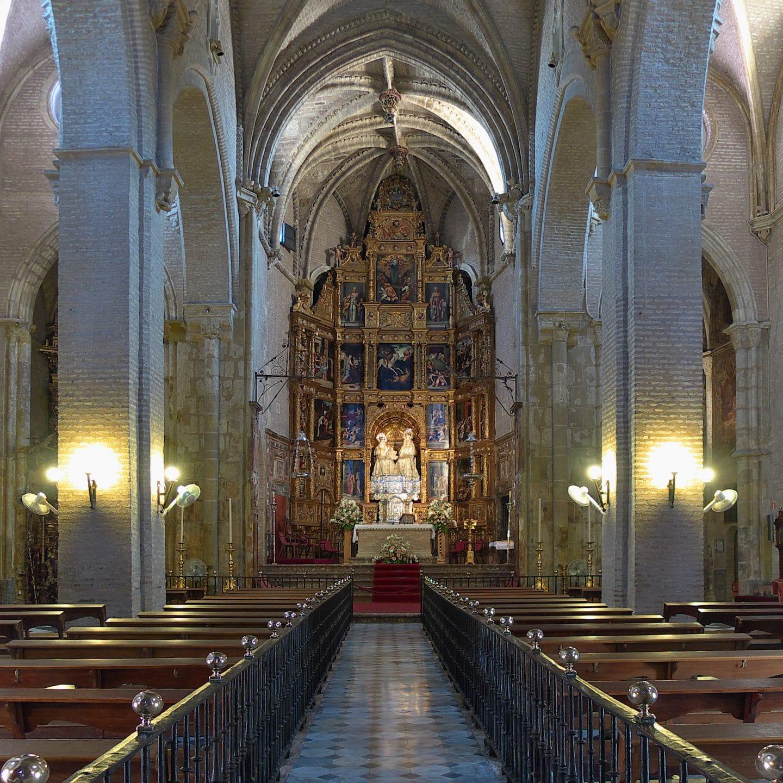 Iglesia_de_Santa_Ana_(Sevilla)._Nave_central