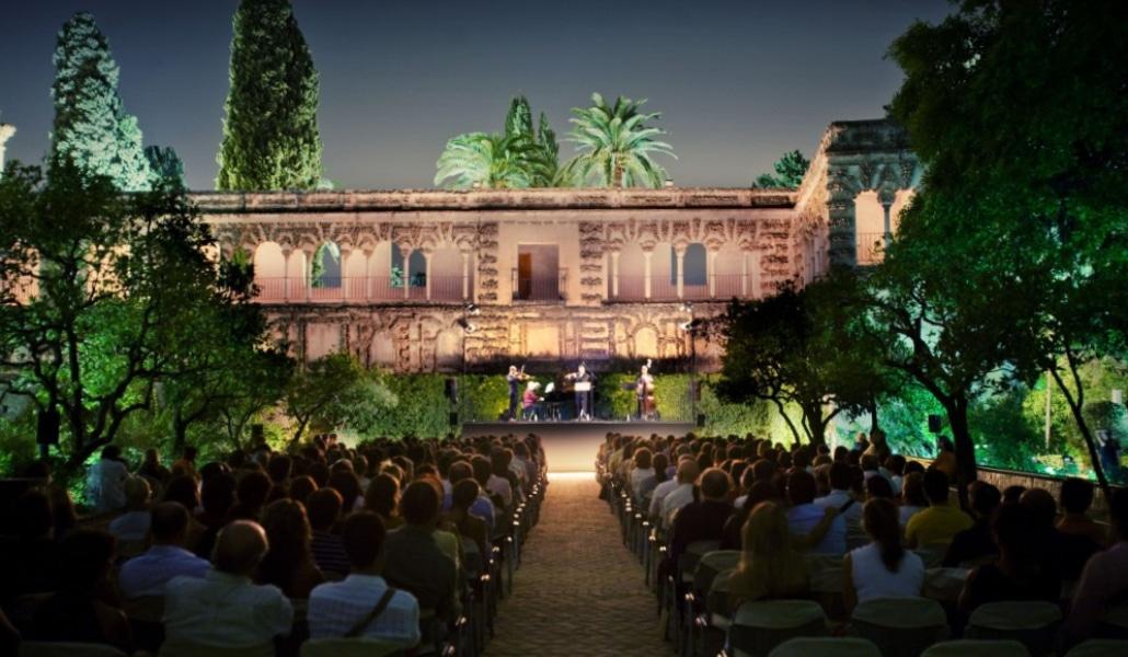 Noches-en-los-Jardines-del-Real-Alcázar