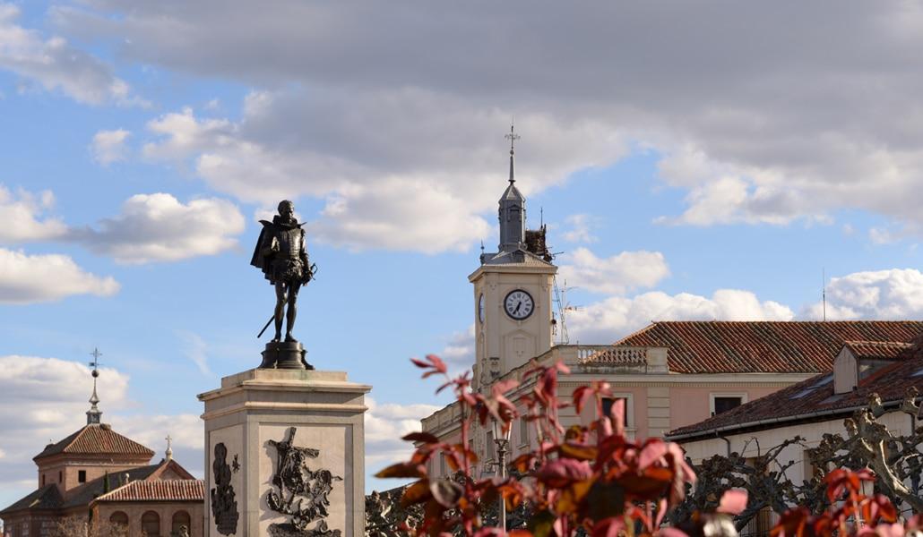 Plaza-Alcala-Henares