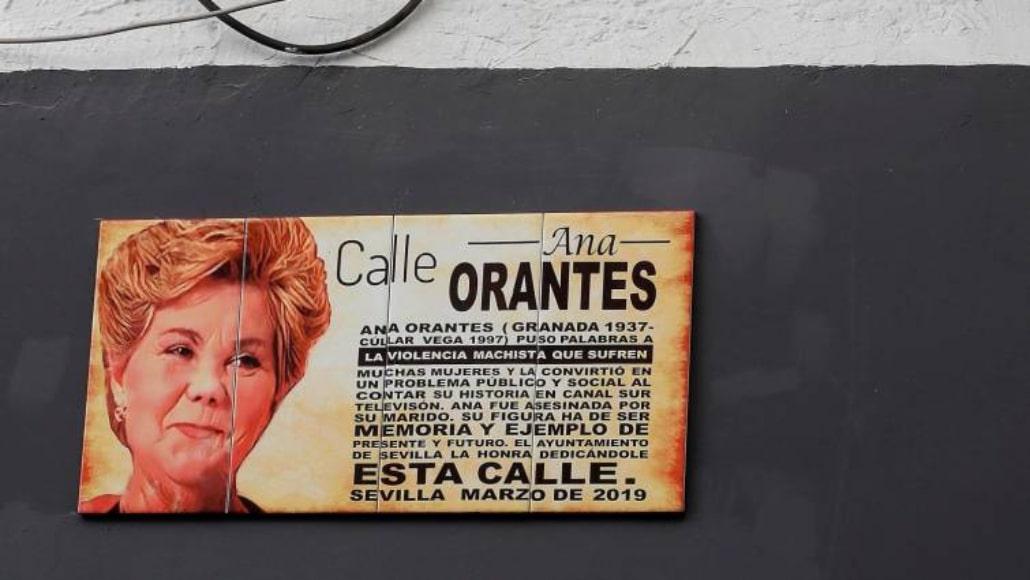 Sevilla es la primera ciudad en conmemorar a una víctima de violencia de género