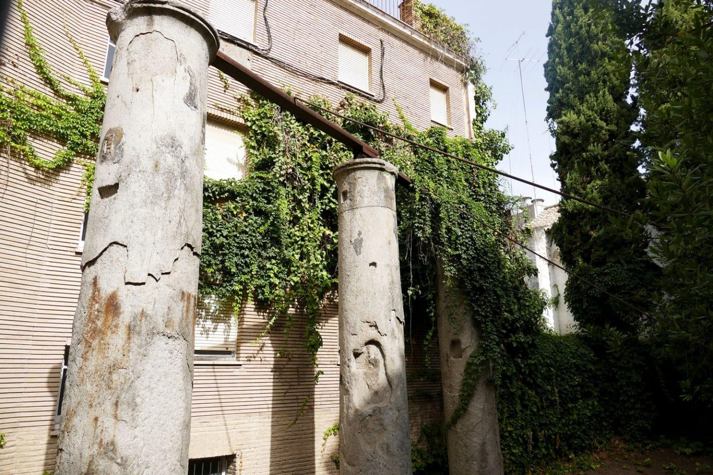 https://www.sevillacitycentre.com/la-sevilla-romana/columnas-calle-marmoles/