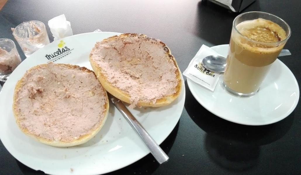 http://dondedesayunarensevilla.blogspot.com/2018/06/desayunos-en-micelas-gastronomia.html