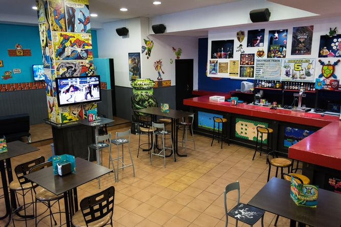 Kame-House-Bar-Sevilla